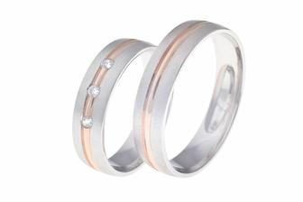 Naše vybrané prstýnky! :-) Akorát bílé zlato bude lesklejší.
