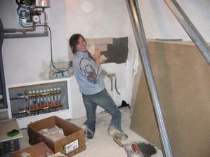 hrám sa na obkladača v garáži,celkom mi to ide nie?