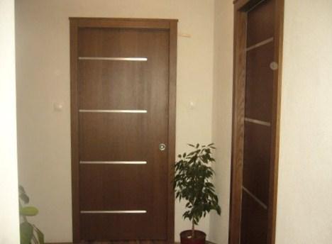 Dom Lyda po zmenách - Konečne máme dvere!