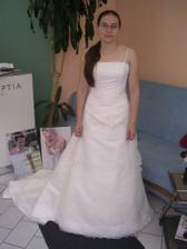 devaté šaty
