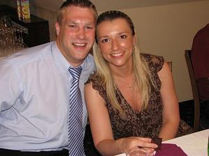 kamarádi Ivča s Petrem přiletěli až z Belgie :o) v červenci také chystají svatbu, už se těšíme!!