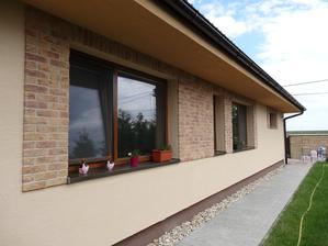 fasada, tehličky dokončené :)