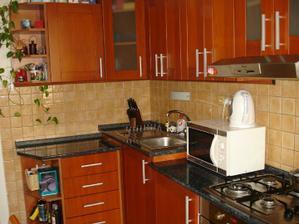 Toto je naša kuchyňa v byte