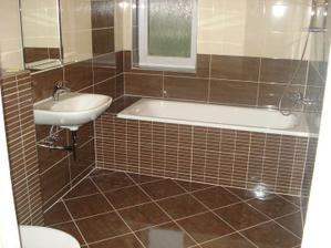 Kúpelňa č.2 obklad taky istý ako v kup.č 1, umývadlo dočasné :)