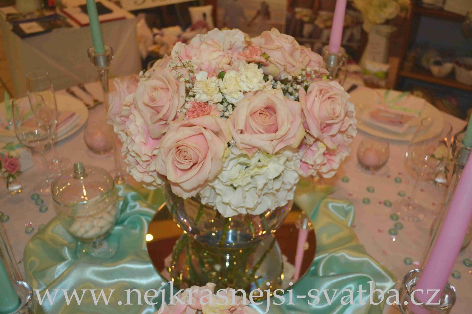 Nejkrásnější svatba - Svatební kytice na stůl