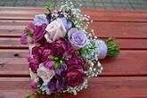 Svatební kytice pro naši nevěstu v Blueberry tonech