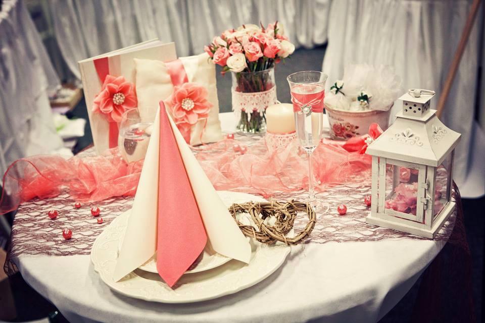 Nejkrásnější svatba - KOrálová výzdoba pro svatební veletrh ve Futurum Brno