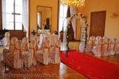 půjčení výzdoby venkovního svatebního obřadu Luxus,