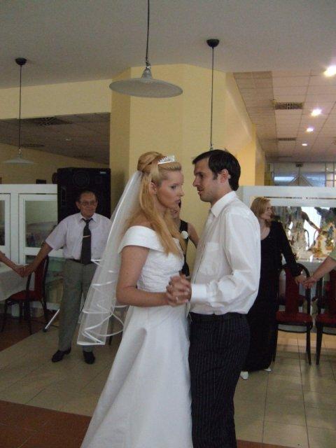 Olinka{{_AND_}}Robko - Náš prvý manželský tanček