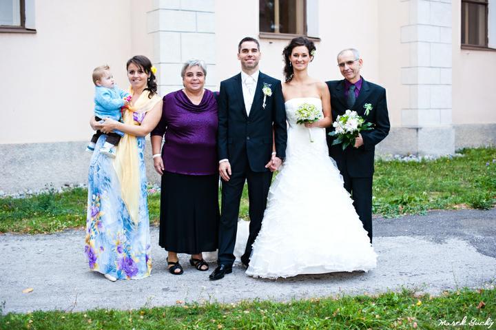 So svokrovcami, švagrinkou a krsniatkom