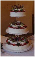 netradiční svatební dortík