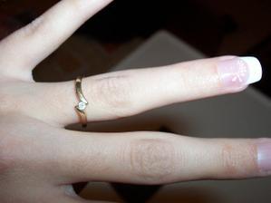 Můj zásnubní prstýnek a nehty, jaký si vyrobím na svatbu