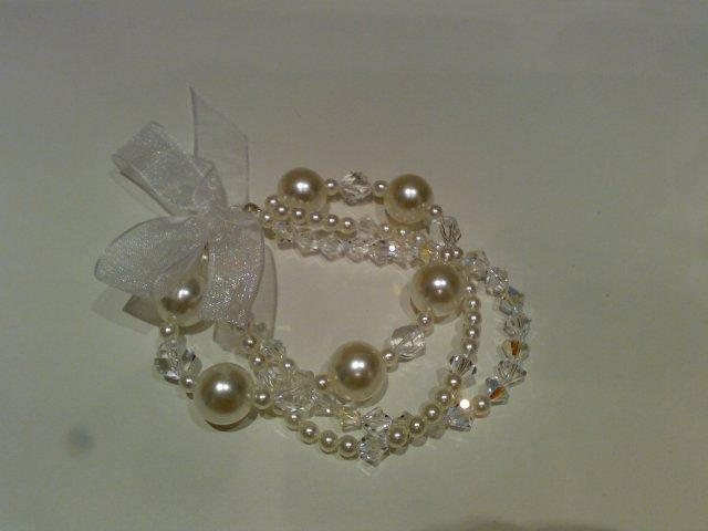 Dididia - ...svadobny naramok-sklenne perly a Swarovski - material mi zaplatil moj brat dvojicka Mato - DIK HONZO.!.!.!...vlastna vyroba...