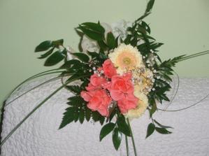 žádost o ruku - květina pro mamku