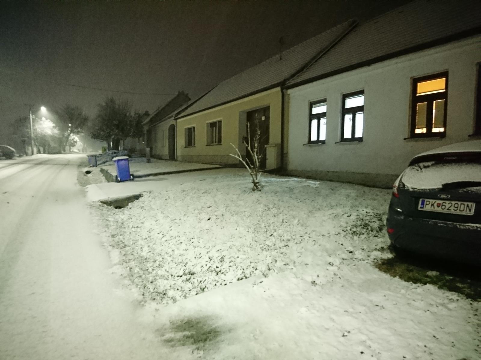 Náš domček - Snežíí:))