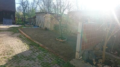 Ďalšia časť pozemku je zrovnana :)