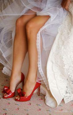 Služba VIP - topánky ako šperk - Valentino Garavani red bow shoes