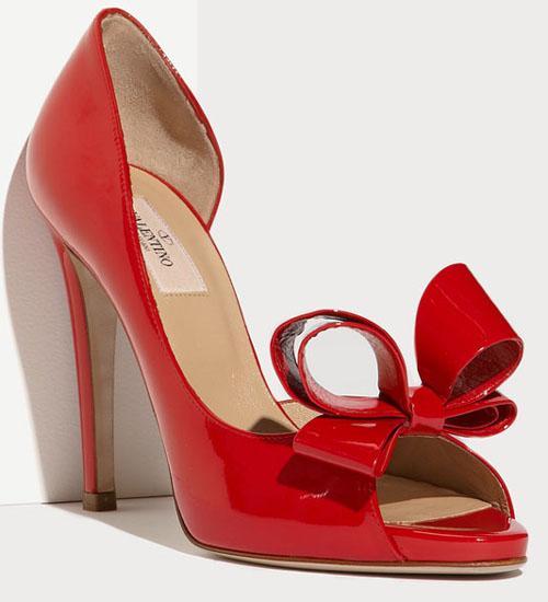 904c90d4e343 Služba VIP - topánky ako šperk - Valentino Garavani red bow shoes ...