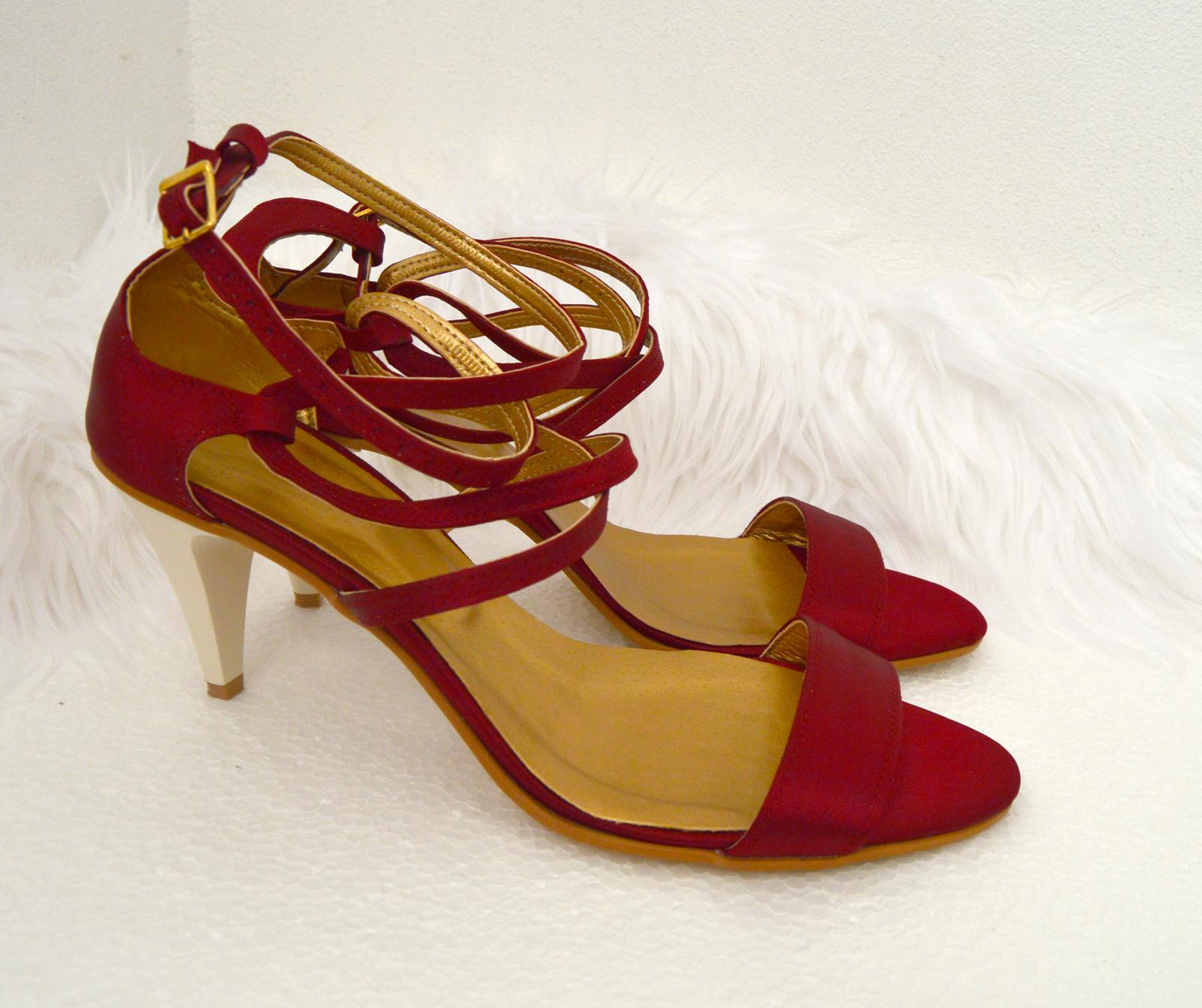 Svadobné topánky s úpravou na želanie - inšpirácie bordó, hnědá, čokoládová - Vínové sandálky, materiál satén bordó, úpravy podľa želania klientky