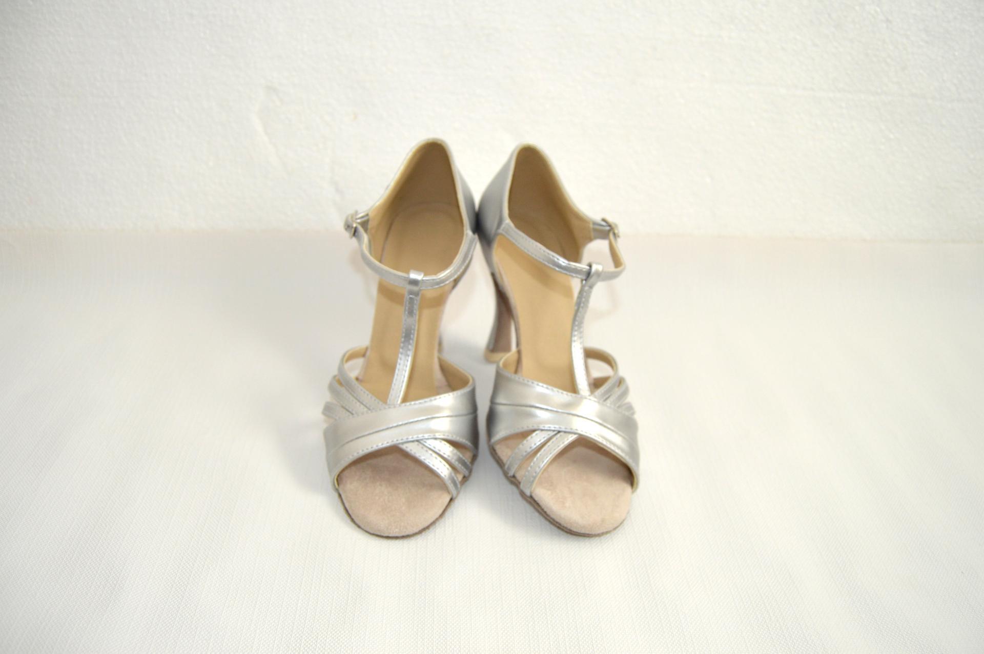 Svadobné topánky navrhni si ich - inšpirácie strieborná - Obrázok č. 74