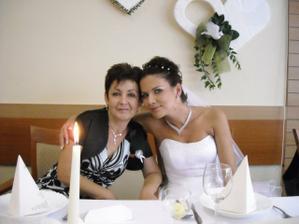 dve generacie: mama a jej dcera