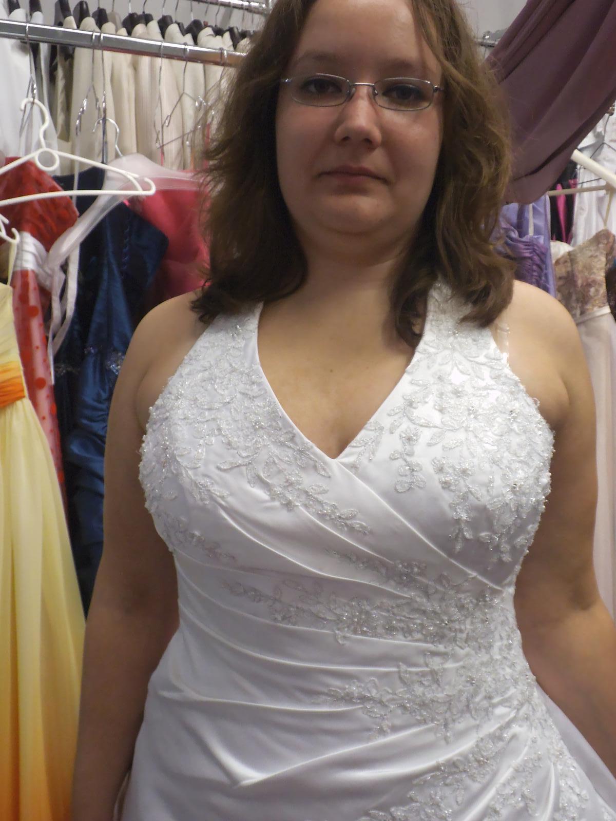 Zkoušení šatů - Obrázek č. 3