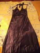Tmavě fialové plesové šaty, 40