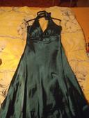 Tmavě zelené plesové šaty, 40