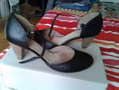 Černé kožené boty Baťa, 39