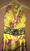 Spoločenské vzorové žlté šaty, S