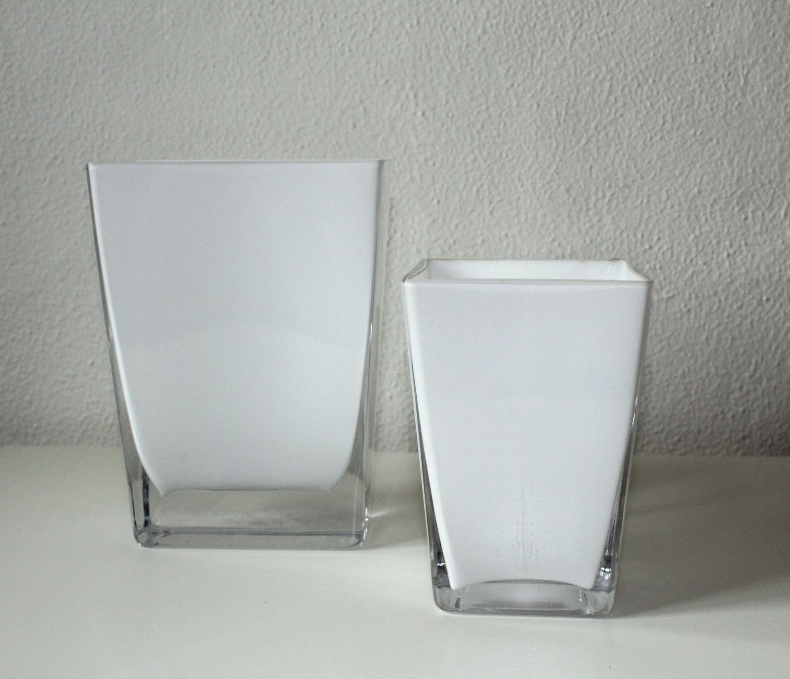 Biela váza - prenájom - Obrázok č. 1
