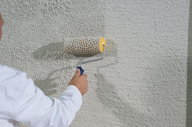 Valčekovanie na fasáde - Štruktúrovanie omietky pomocou valčeka