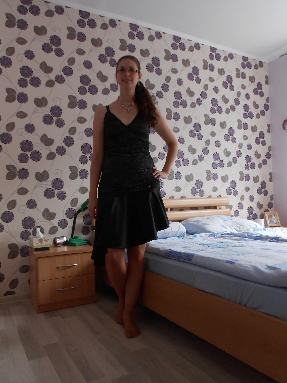 8aaa9113218f Môžu byť popolnočné šaty čiernej farby  - - Spolo...