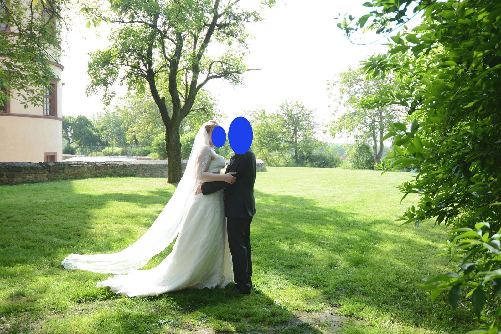 Svatební šaty Daphne Deana (vel. 38-42) - Obrázek č. 1