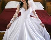 Luxusné svadobné šaty od Natashy Azaryi, 38