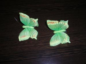 motýliky na ozdobu torty