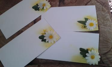 zdobím obálky na oznámení :)