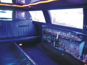 Zevnitř limuzíny