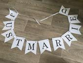 Girlanda Just Married,