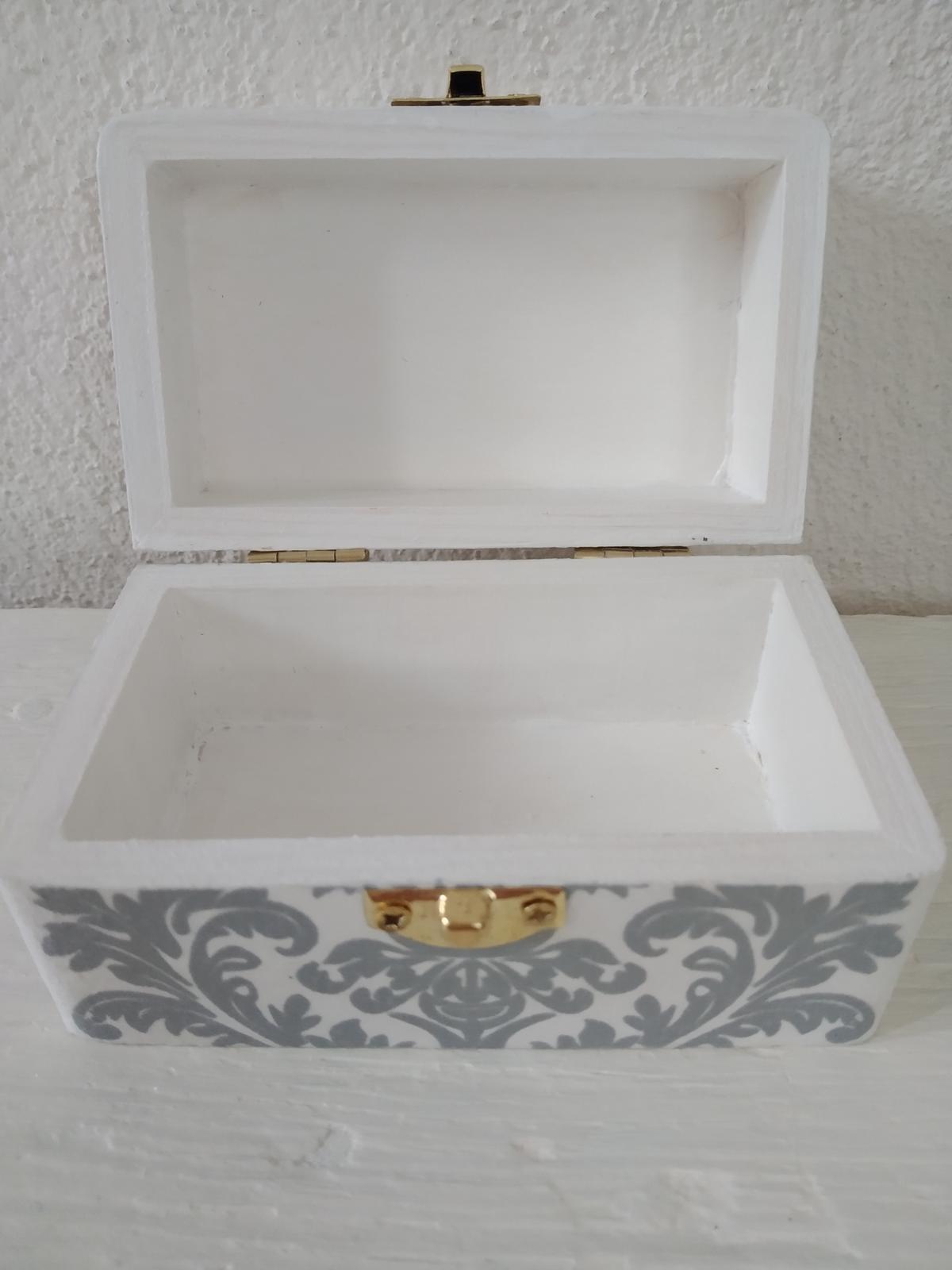 """Drevená krabičk """"Motýlí sen"""" na prstienky, obrúčky - Obrázok č. 4"""
