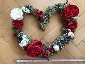 Květinová romantická dekorace, srdce a 10 květů,