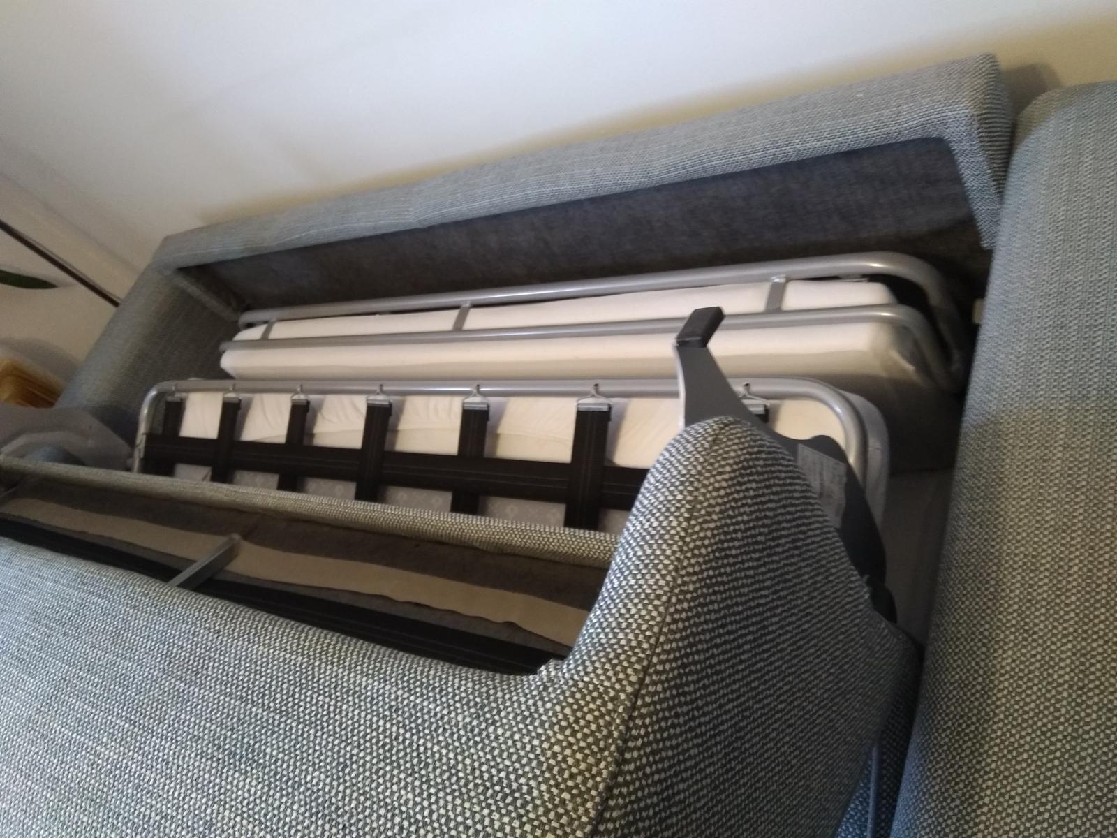 Takto vypadá sedačka a... - Obrázek č. 2