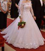 Snehovobiele čipkované svadobné šaty 34/36, 34