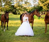 Predaj svadobnych šiat, 36