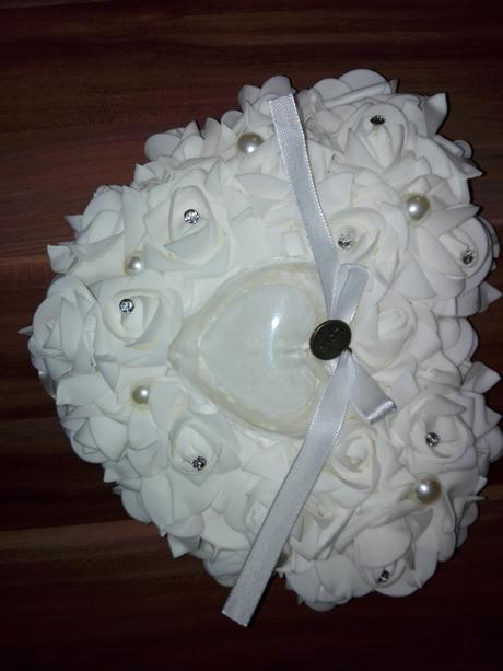 Ružičkový vankúšik pod svadobné obrúčky - Obrázok č. 1