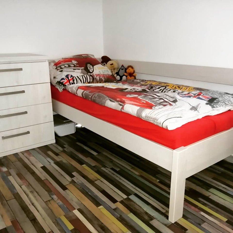 Detské/ študentské izby - masívna posteľ Srdce domova