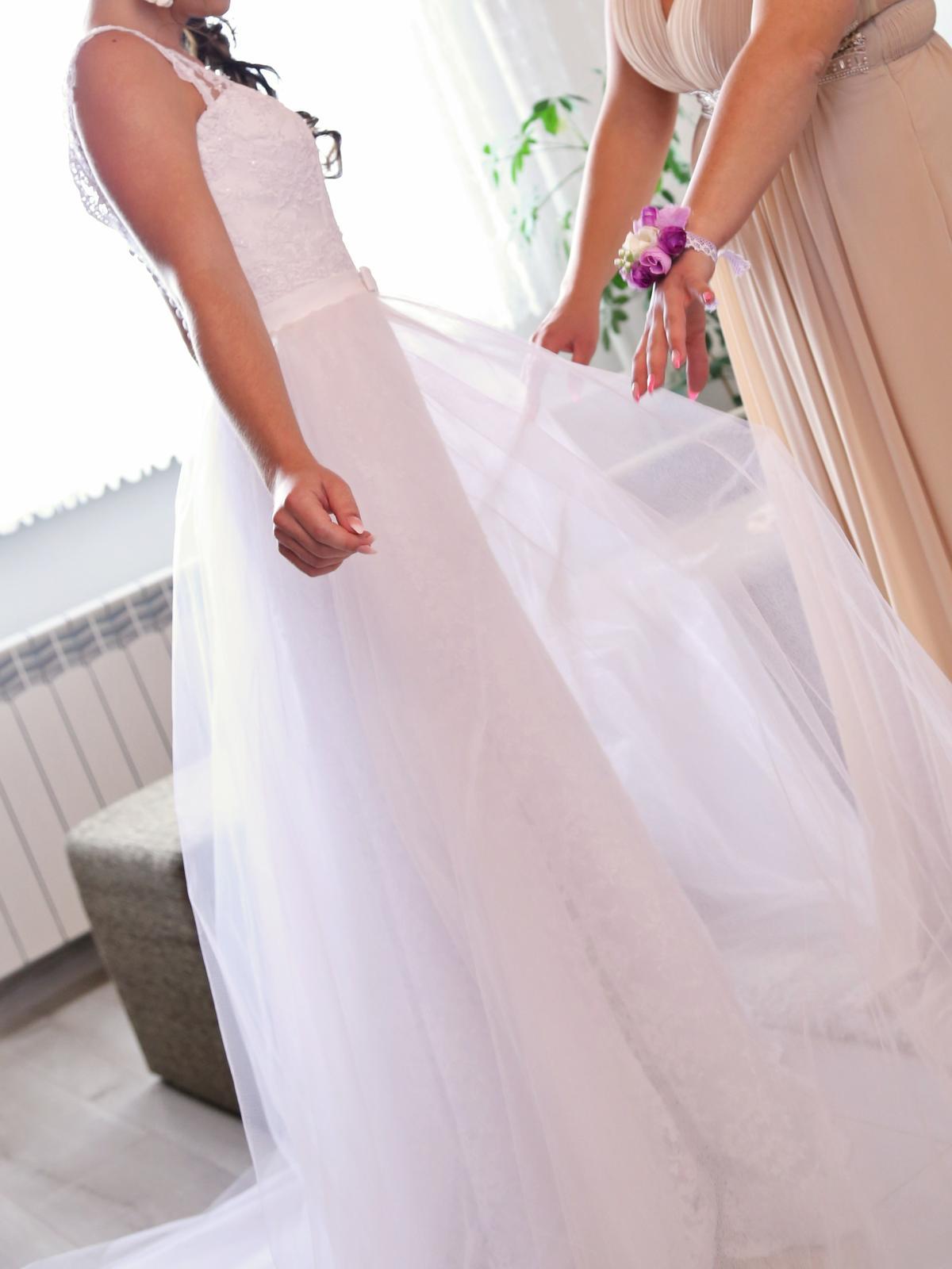 Celokrajkové svadobné šaty s odnímateľnou vlečkou  - Obrázok č. 3