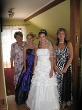 ...moja mama a sestry...
