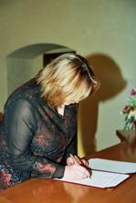 ....stvrdili svým podpisem...