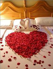 takto připreavit pokoj na svatební noc ;-)